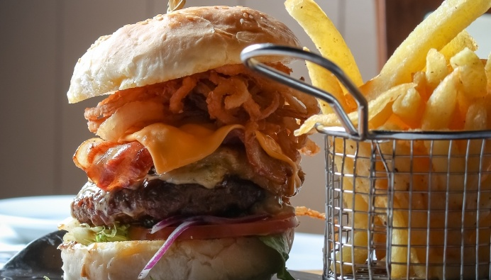 International Cheeseburger Week 2017 - Emerald Resort & Casino